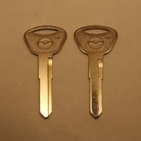 Ключ MAZ11P/MAZ11P1_MZ23P88 Mazda (E-083b)