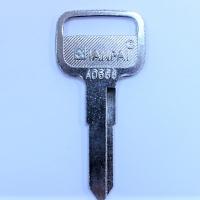 Автомобильная заготовка ISU3_ISU-2_ISU3_ISZ2 а/сталь/прав. ISUZU (E-090b)